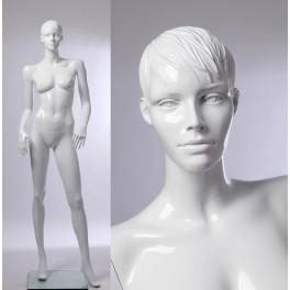 weibliche abstrakte Schaufensterpuppe weiß  in glanz